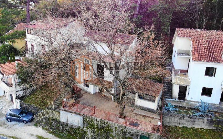 Four room house 160m2 Prcanj, Kotor