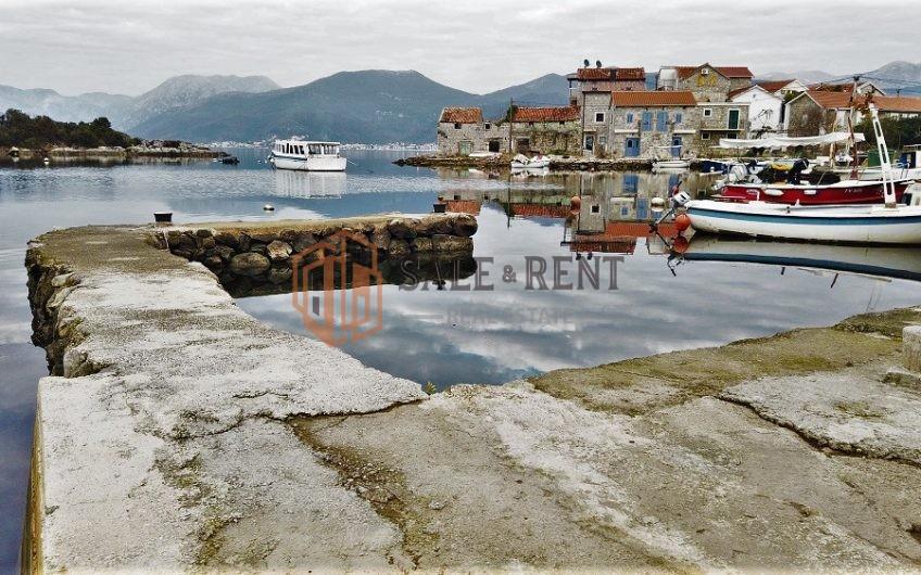 House 80m2 on sea cost, Bjelila, Tivat