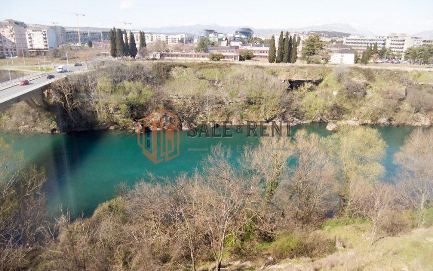 Trosoban stan 96m2 Krivi Most, Podgorica